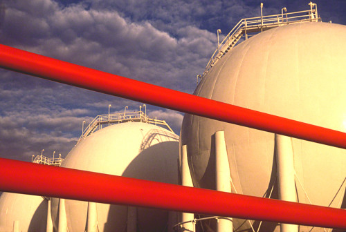 red-pipes-with-round-tanks_DM