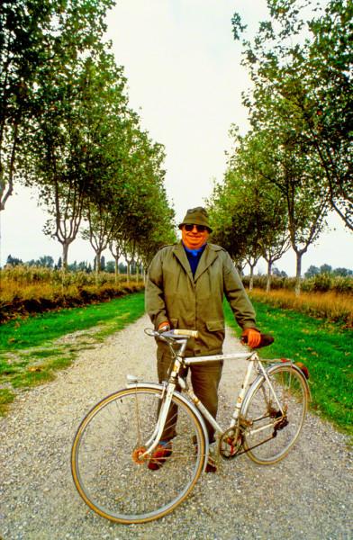 man in france on bikeDM