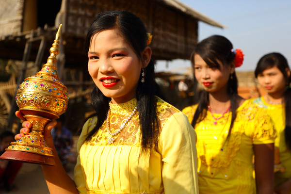 MyanmarparadeDM