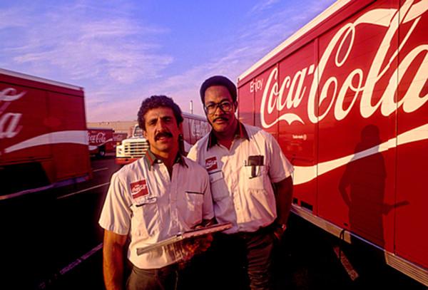 coca-cola-workers